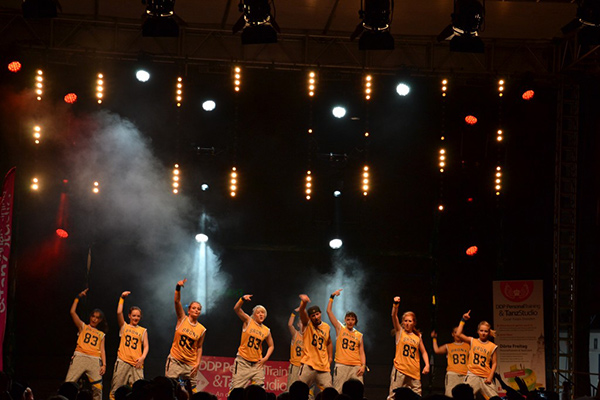 Hip Hop Auftritt auf dem Stadtfest Dresden, Tanzverein Empire of Outcast