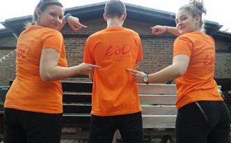 orangene T-Shirts für unsere Tänzer beim the royal knights Festival