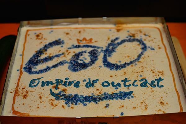 Kuchen zum Jubiläum: 10 Jahre Empire of Outcast e.V.